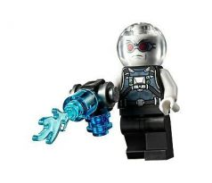 LEGO (76160) Mr. Freeze, Pearl Dark Gray - Super Heroes: Batman II